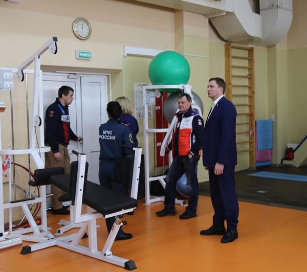 Анатолий Кирносенко вошел в состав комиссии, которая под руководством прокуратуры проверяет торговые и развлекательные центры, спортивные учреждения и другие объекты на предмет пожарной безопасности